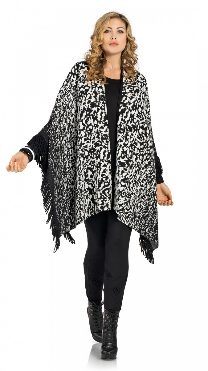 chalou damen cape ist ein warmer poncho in schwarz wei. Black Bedroom Furniture Sets. Home Design Ideas